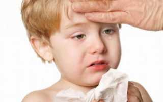 Холодный пот у взрослого и ребенка: причины и что делать?